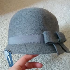 Old Navy grey wool cloche